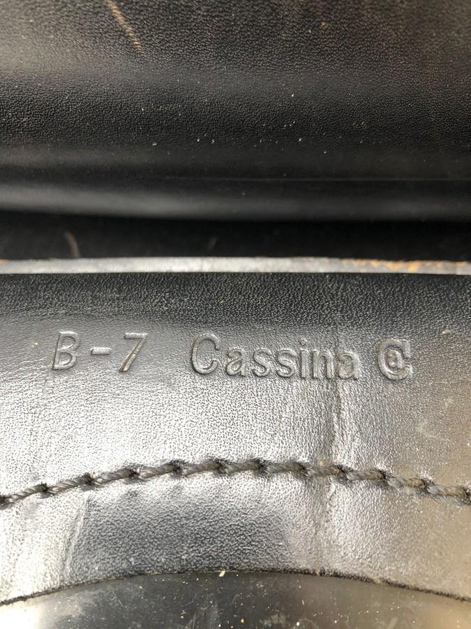 Cassina Cab 412 Stuhle